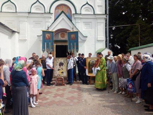 Празднование в честь иконы Божией Матери «Любятовская»
